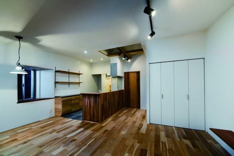 マンションとは思えない戸建のような空間リノベーション