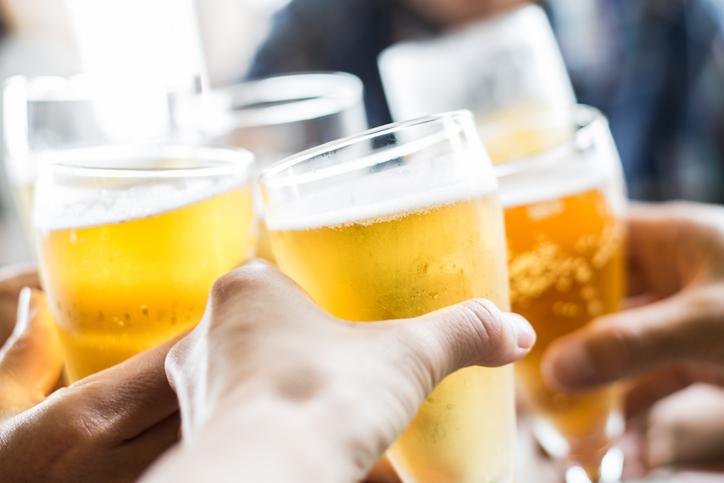 夏のビールはどこで飲む?ビアガーデン?それとも。。 画像