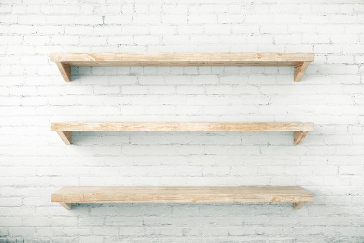 自分で棚を増やす際、「安全な施工」をするためのポイント