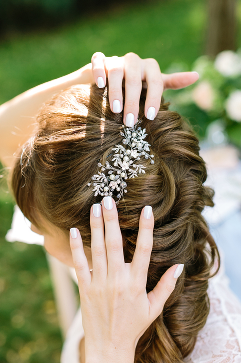ファッションのアクセントに!髪飾りの上手な使い方