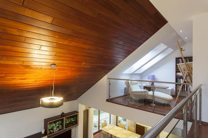 「中二階」の存在が空間の印象に与える影響