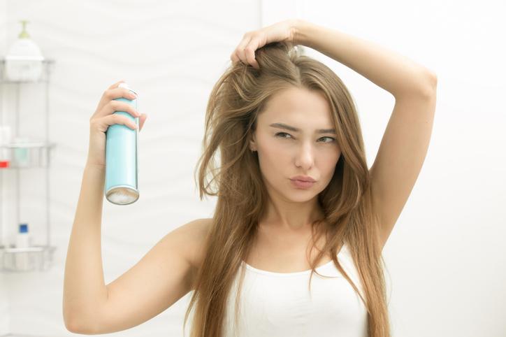 忙しい女性にオススメ!手入れが最小限で済む髪型とは 画像