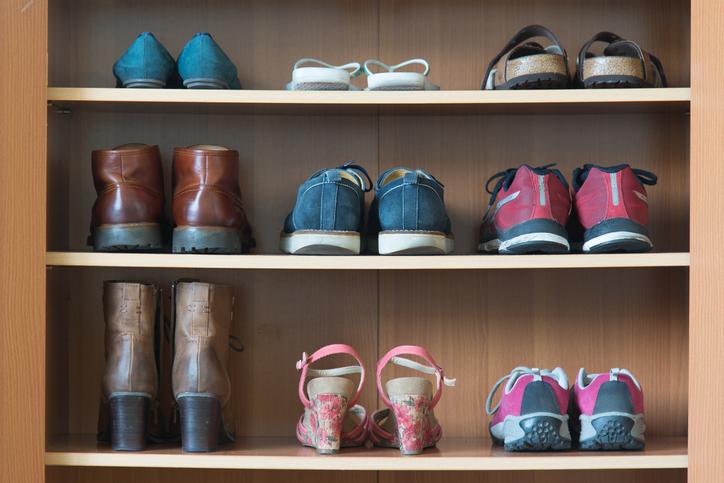 玄関の散らかった靴を10秒でスッキリ!毎日の心がけが重要
