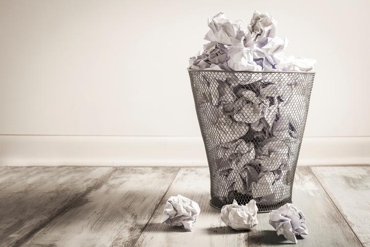 お客様に自慢できるおしゃれなゴミ箱の収納方法♪