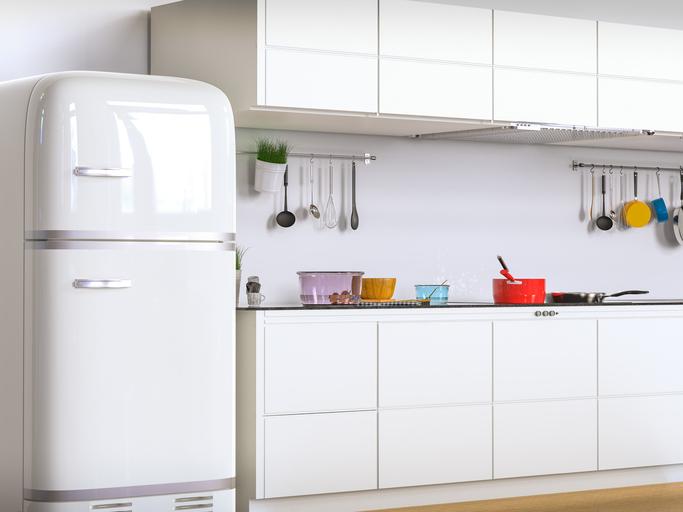 冷蔵庫を彩るマグネットをDIY!身近なアノ材料が大変身!