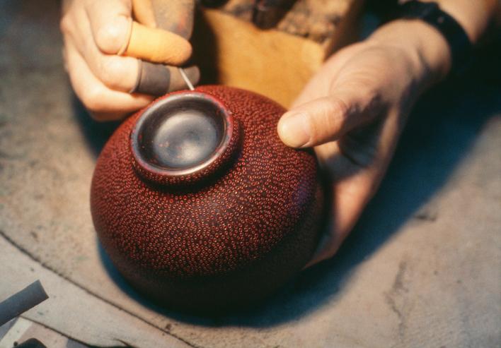 日本の暮らしに根付いた伝統工芸、民芸
