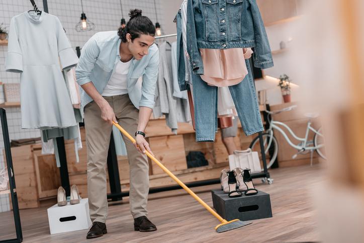 フローリングを長くきれいに保つ!お掃除アイデアや便利アイテムのご紹介