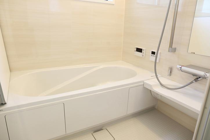 浴室のピンクぬめり・黒カビ・水垢を撃退!掃除方法は?