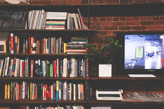 本を綺麗に収納するコツ3選!スッキリ使いやすい本棚に