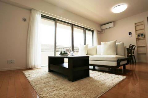 「LDK」約15.5帖 家具・エアコン1台付き