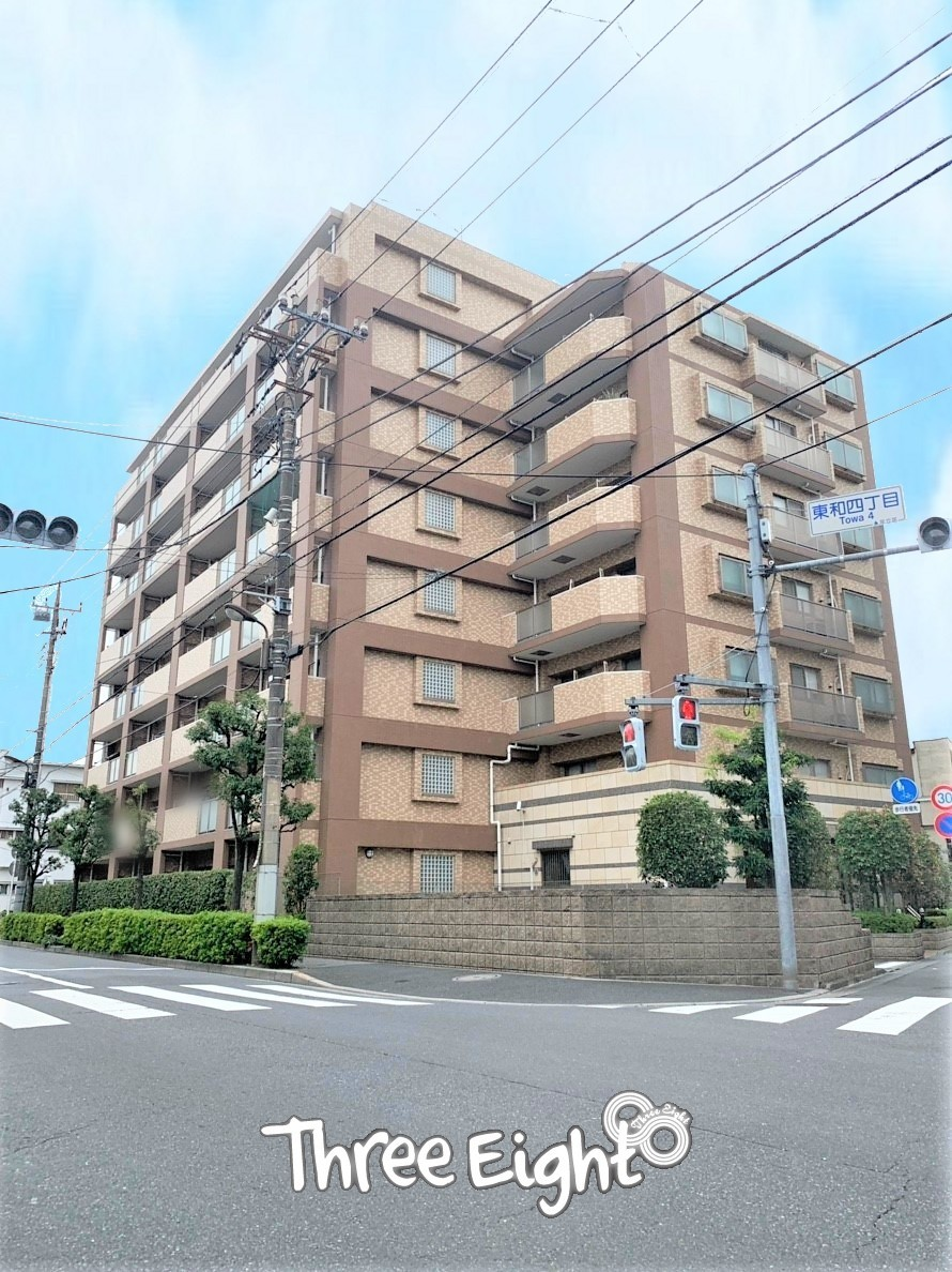 地上8階建、総戸数38戸のマンション。