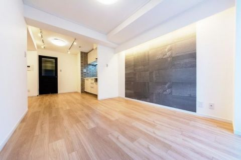ライオンズマンション青葉台第5 「LDK」約11.5帖 新規フルリフォームされた綺麗な室内
