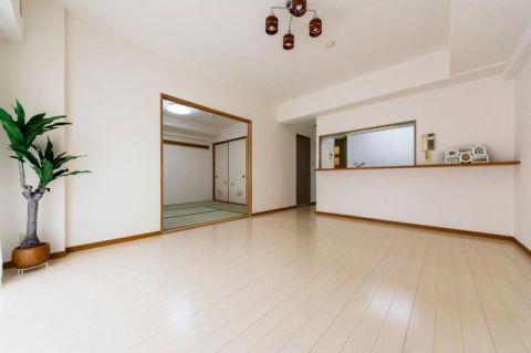 ダイアパレス茅ヶ崎II 「LDK」ホワイトカラーを基調とした清潔で上品なお部屋