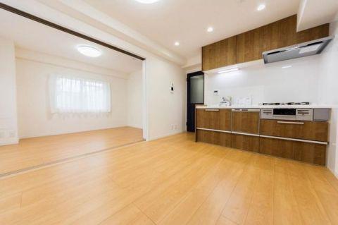 「DK」住まいのデザインや機能を高め、生まれ変わった室内空間