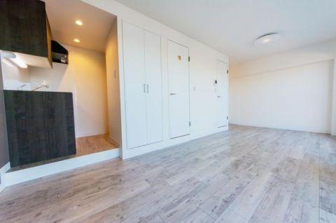 「洋室」約12.1帖 広々としたゆとりある寛ぎ空間