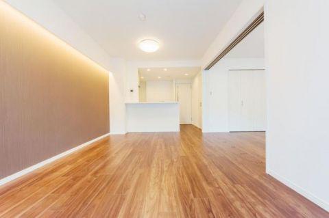 モア・クレストアクゼス新横浜 「LDK」約12.2帖 家具、インテリアのレイアウトもしやす