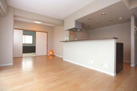 ジェイパーク多摩川弐番館 「LDK」約16.4帖 開放感のある広々リビング。床暖房を採
