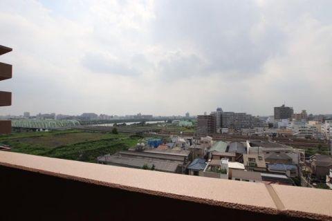 コスモ川口アクアフロント 室内(2019年7月19日撮影)視界を遮る建物がなく、遠くま