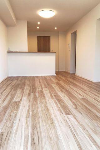 セザール大倉山 「LDK」約14.1帖 対面式キッチンでリビングと一体感を感