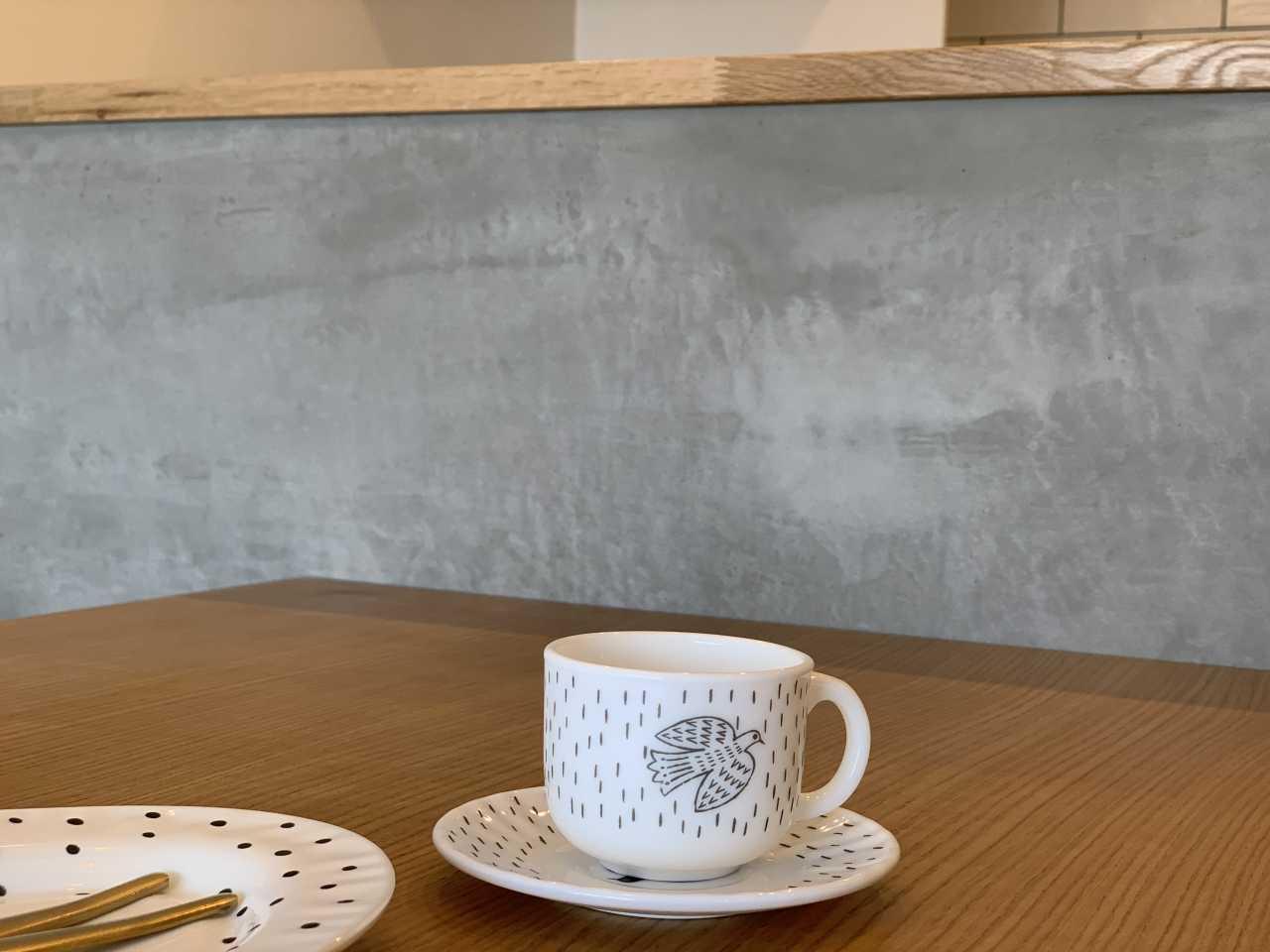 キッチンの壁が雰囲気があり映えます