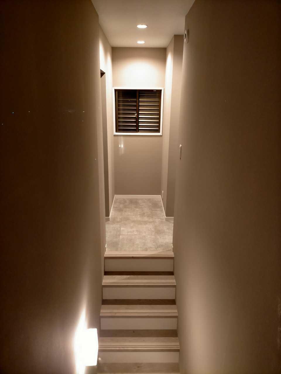 階段もシンプルに